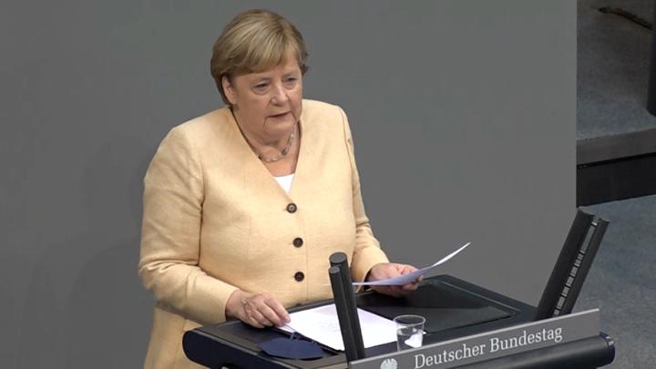 Политолог считает, что Меркель после отставки не уйдет на пенсию