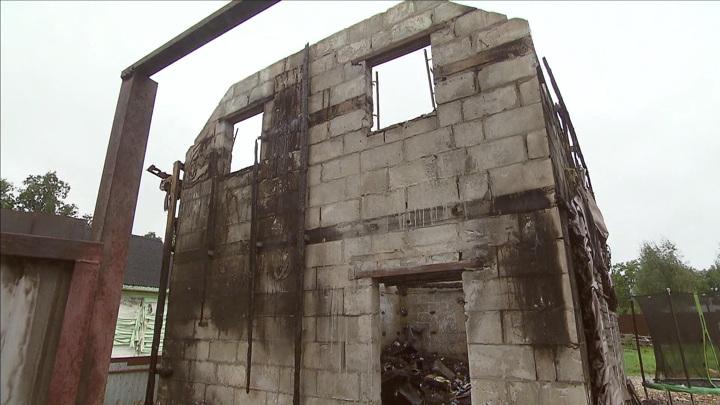 Пироман, 8 сожженных домов и труп: в Подмосковье расследуют шокирующую историю