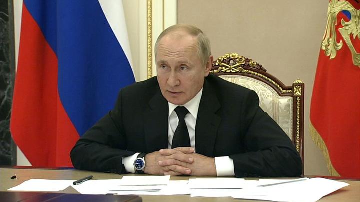 Путин указал на необходимость создания площадок для подготовки спортсменов