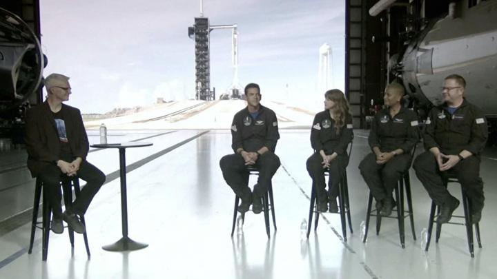 Впервые в истории. Маск запустил на орбиту четырех непрофессионалов