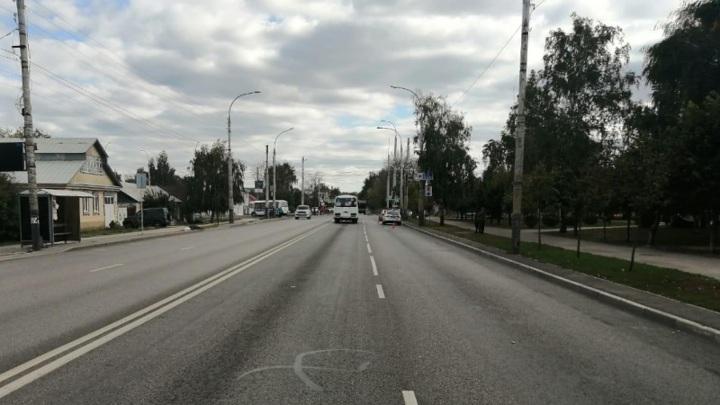 В Тамбове сбили подростков, перебегающих дорогу
