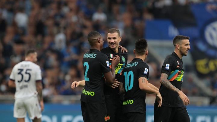 """""""Интер"""" отправил в ворота """"Болоньи"""" шесть мячей"""