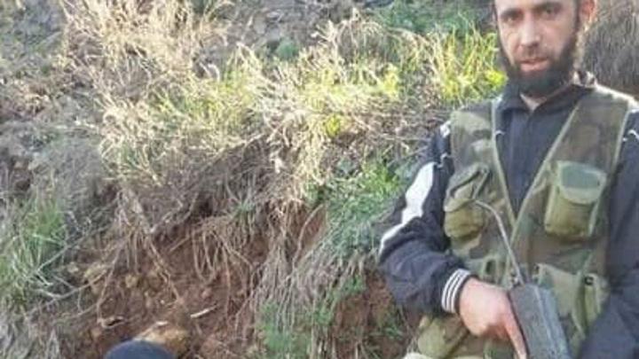 Причастного к убийству российских военных нашли на фото в Интернете