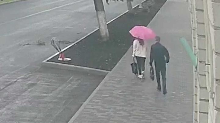 Житель Липецка ограбил девушку в день освобождения из колонии