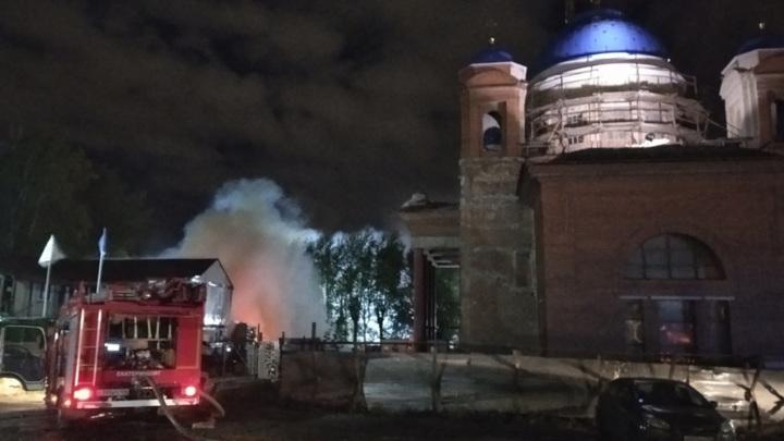 Пожар на территории храма произошел в Екатеринбурге