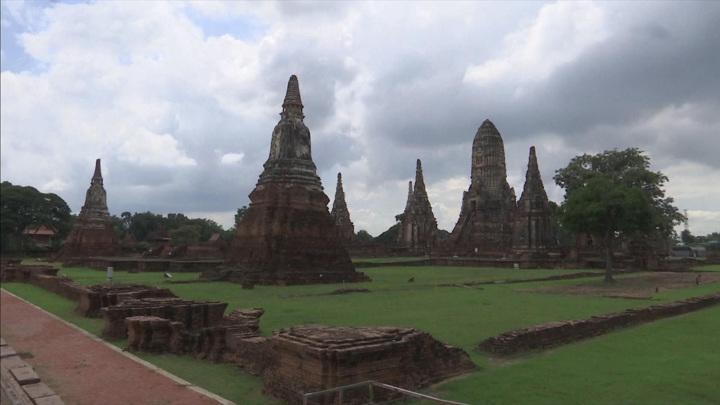 Наводнение и ливневые дожди в Таиланде угрожают памятникам архитектуры