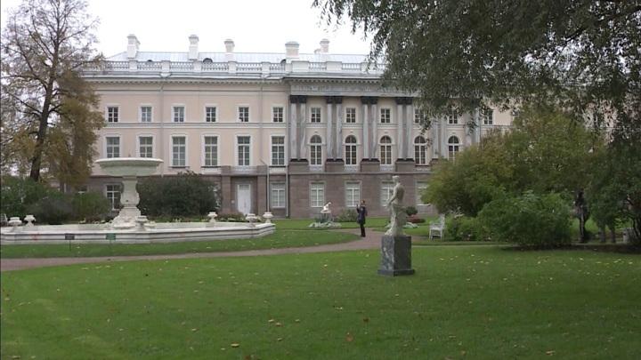 Как при императрице: специалисты воссоздают убранство флигеля Екатерининского дворца