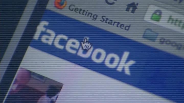 """Facebook удаляет только 5% """"разжигающих"""" публикаций"""