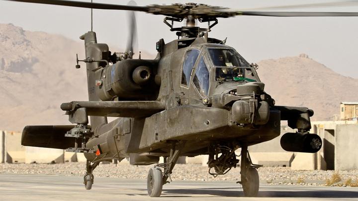 """Трамп: Россия и Китай изучат брошенные в Афганистане вертолеты """"Апач"""""""