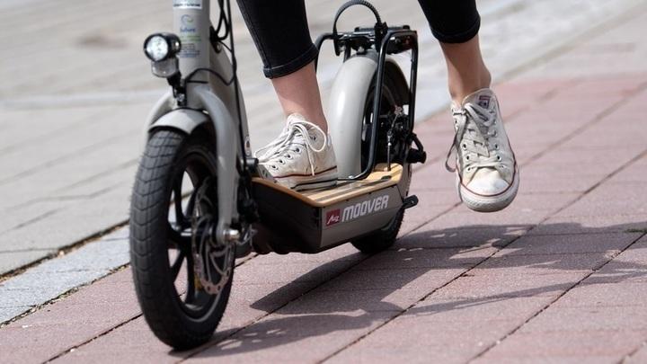 МВД и Минтранс предложили изменить правила дорожного движения для электросамокатов
