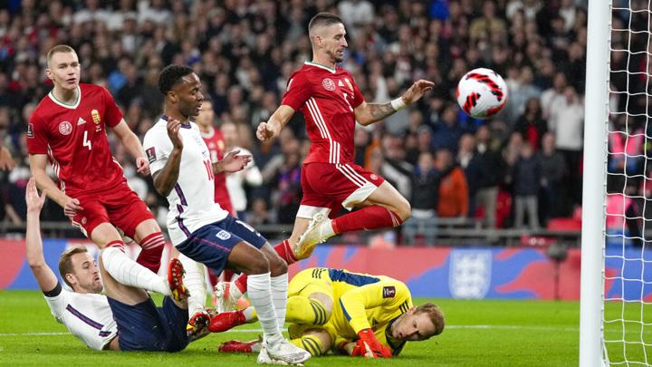 Сборная Англии потеряла очки в матче с венграми