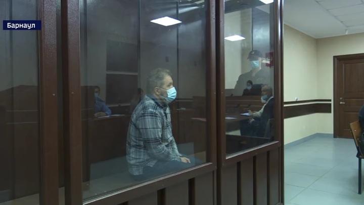 На Алтае управделами губернатора и правительства заключен под стражу