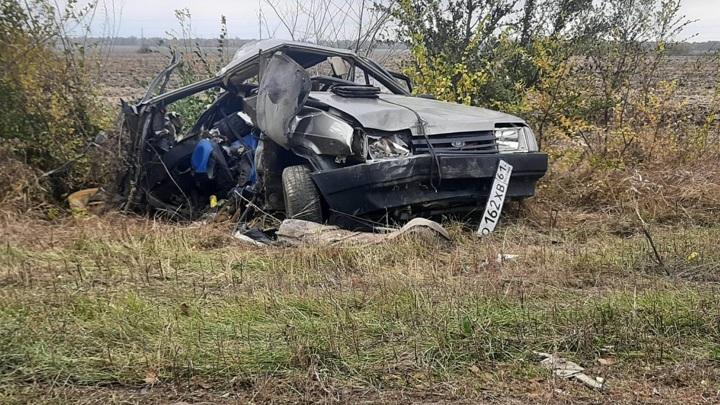 """Женщина-водитель потеряла троих детей в столкновении с """"КамАЗом"""""""