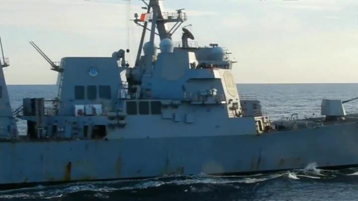 """Инцидент с Chafee и """"Адмиралом Трибуцем"""": Пентагон переводит стрелки"""