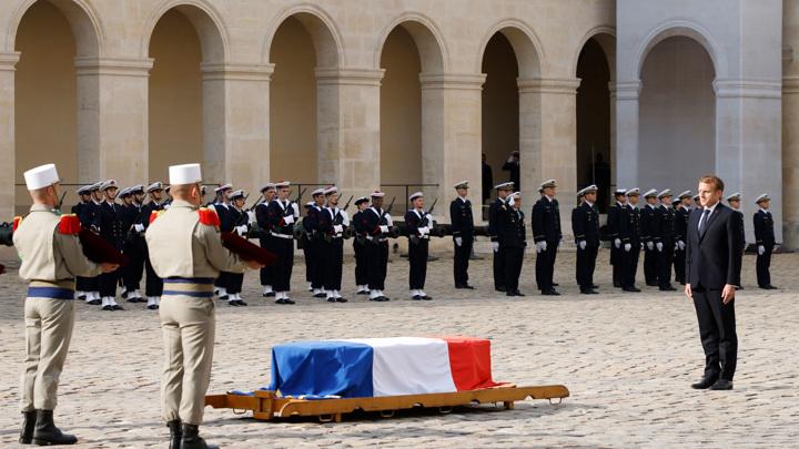 Франция простилась с последним кавалером ордена Освобождения