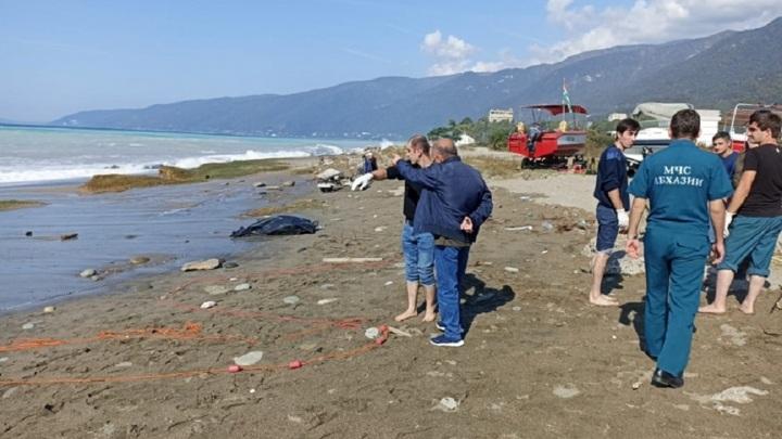 В Абхазии при семибалльном шторме утонули липецкие туристы