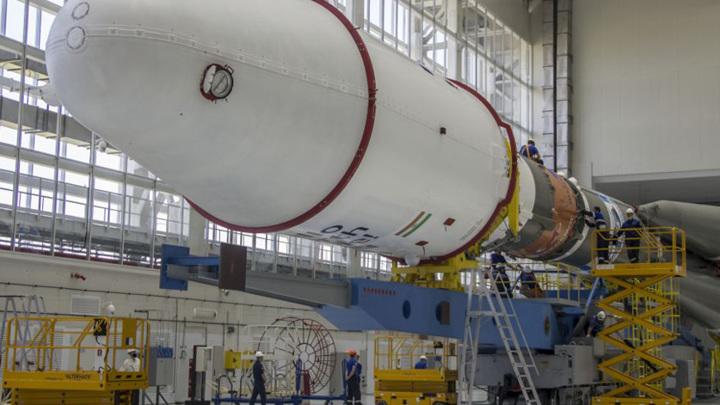 """Части для сборки двух ракет-носителей """"Союз-2.1б"""" доставили на Восточный"""