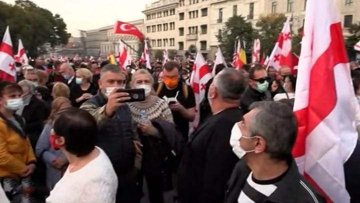 Сторонники Саакашвили не собираются его освобождать