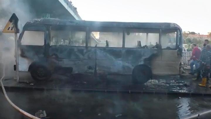13 военнослужащих погибли при подрыве автобуса в Дамаске