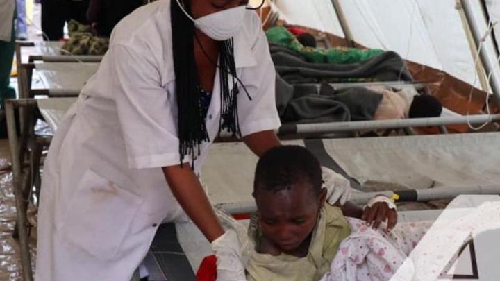 Неизвестная болезнь косит сотни детей