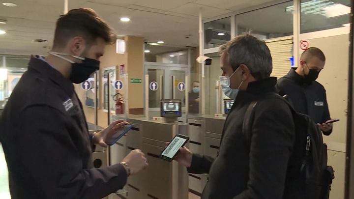 В Москве не планируют вводить QR-коды для поездок на общественном транспорте