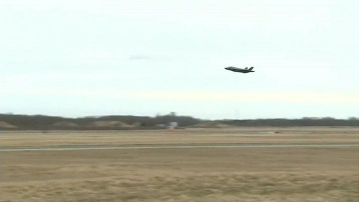 НАТО заняло бывший советский аэродром в Латвии