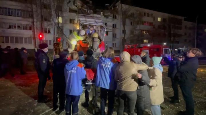 Спасение пострадавших от взрыва в пятиэтажке попало на видео