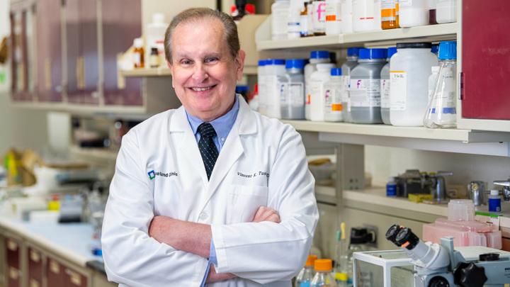 Создатель вакцины доктор Винсент Туохи из Кливлендской клиники.