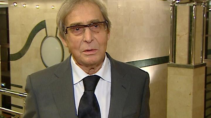 Знаменитый нейрохирург Александр Коновалов принимает поздравления с 80-летием