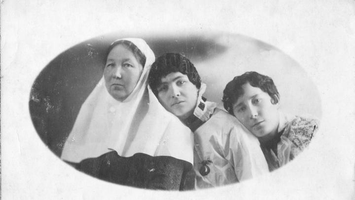 Русские сестры милосердия, работавшие с бельгийцами. Фото из архивов Ивонн Франсуа, Жаклин Бурьен, Виржини Вандерстикль и Леонида Варебруса