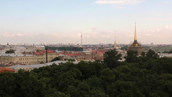 Впереди Петроградская сторона, там его, Володина, последний дом…. в Санкт-Петербурге. Май, 2014