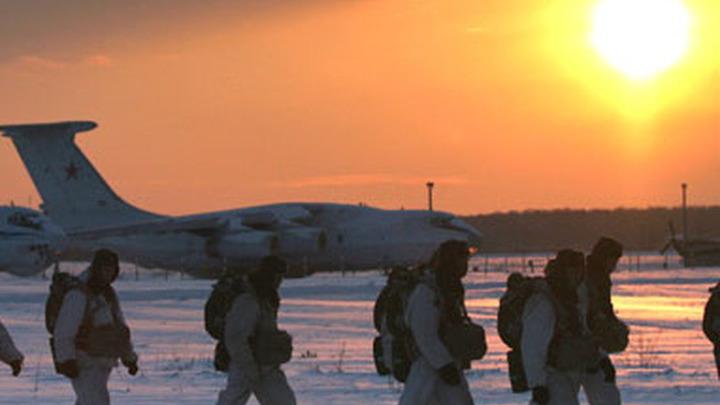 Российский десант в Арктике /фото: img.rg.ru/img/content/