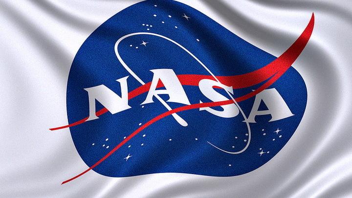 У американских астронавтов NASA возникли проблемы в ходе выхода в открытый космос