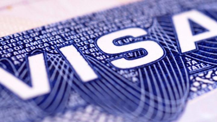 Визовый центр Испании в Москве возобновляет выдачу шенгенских виз